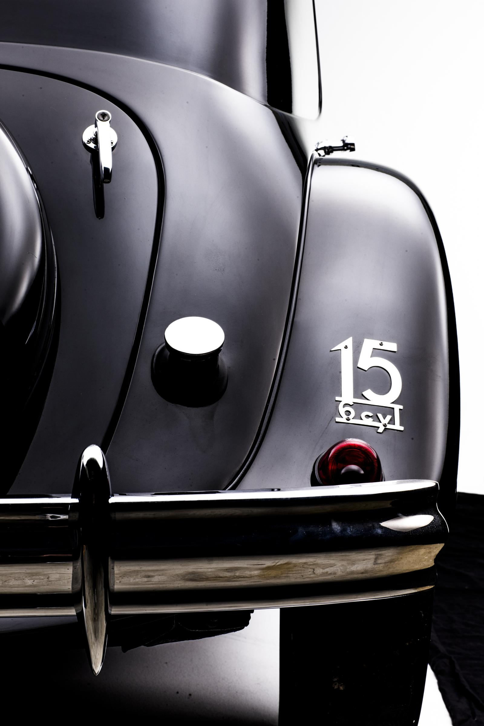 Traction 15 SIX